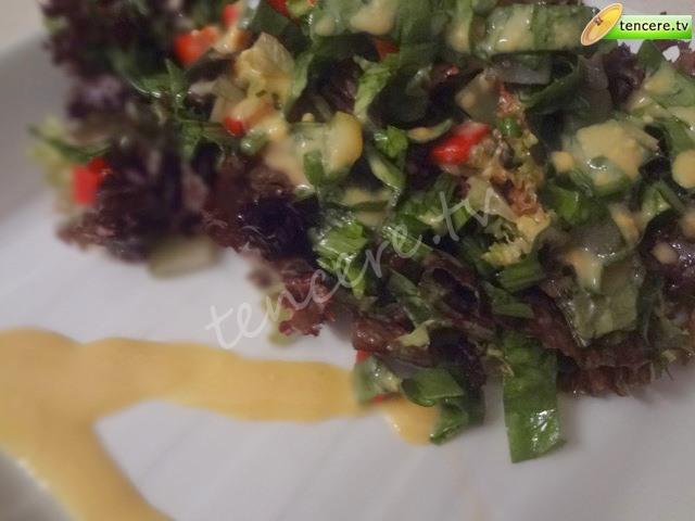Hardal Soslu Yeşillik Salata tarifi