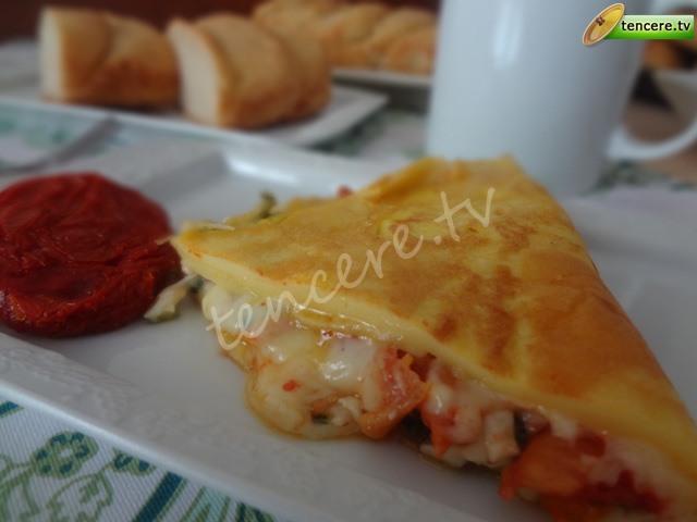 Kuru Domatesli Omlet tarifi