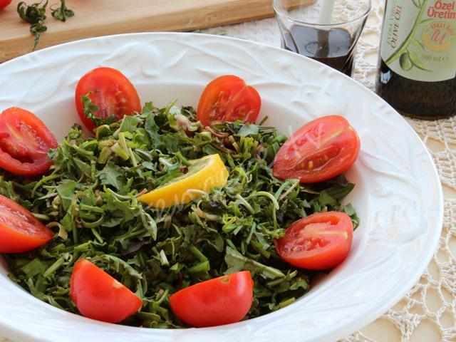 Ekşili Ot Salatası tarifi