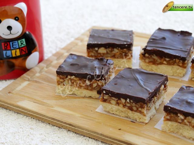 Karamelli Çikolatalı Tart tarifi