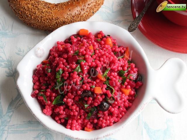 Pancarlı Kuskus Salatası tarifi