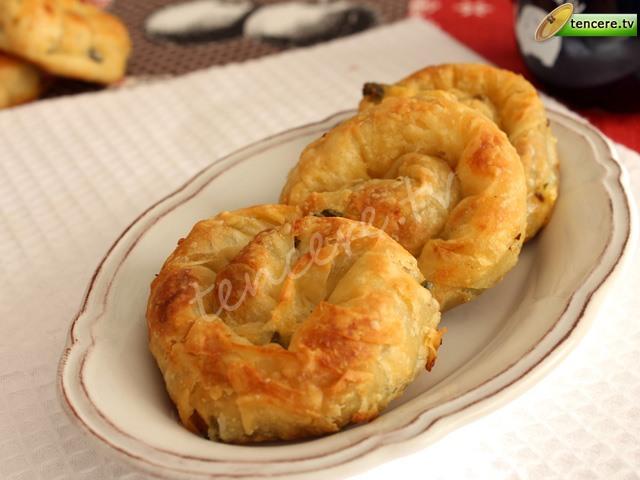 Ispanaklı Minik Gül Böreği tarifi
