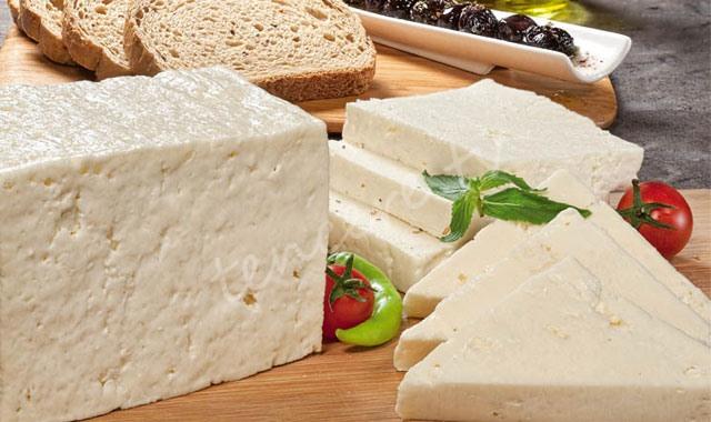 Peynire tuz ve yağ ayarı geliyor tarifi