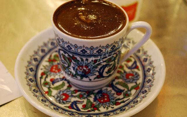 Canan Karatay'dan çocuklara: Türk kahvesi için tarifi