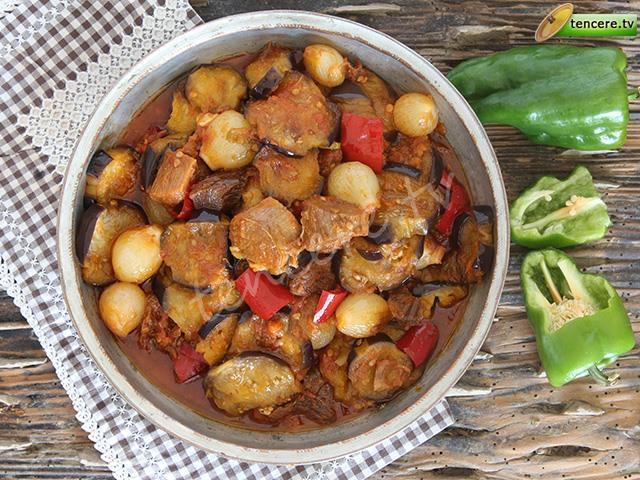 Kuzu Etli  Patlıcan Yemeği tarifi